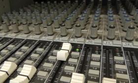audio mixer buttons