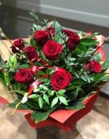dozen red roses valentines day bouquet 1