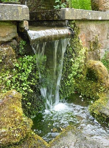 Water blade at Shepherd House