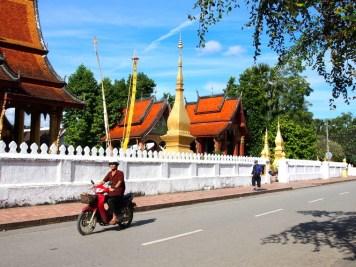 temple laos rue