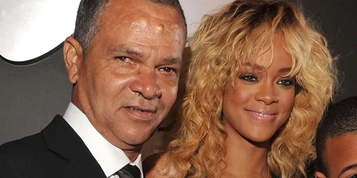 Rihanna a envoyé à son père, Ronald Fenty, un appareil respiratoire après qu'il ait contracté le COVID-19