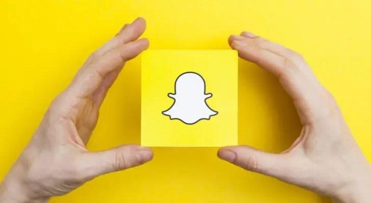 Snapchat révèle que seulement 4 % de l'entreprise s'identifie comme étant noire