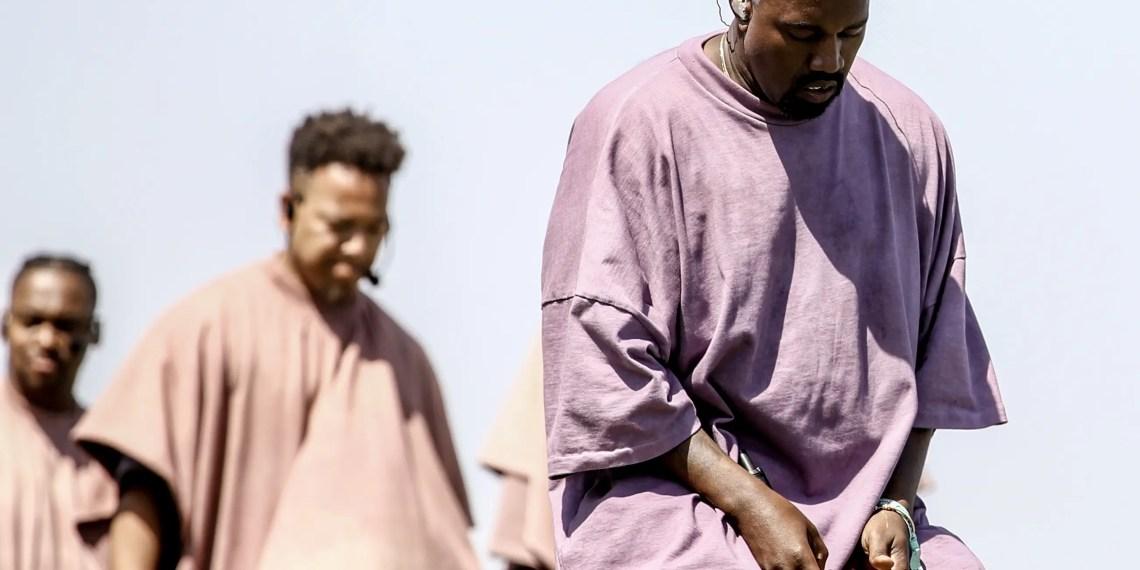 Le Sunday service de Kanye West le poursuit pour 1 million