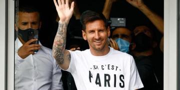 Lionel Messi est arrivé à Paris pour rejoindre le PSG pour un contrat de 2 ans