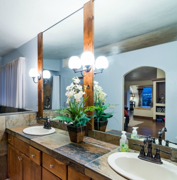 Ultimate DIY Guide to Turning Your Bathroom Into A Spa Retreat: How to create a Spa Bathroom for the DIYer | blowingawayoutwest.com -Inexpensive Ways To Turn your Bathroom into a Spa Retreat for the Do-It-Yourselfer #sparetreat #bathroommakeover #DIYer #masterbathroom #spabath