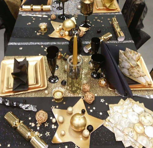 Gold Black New Year Eve Decor