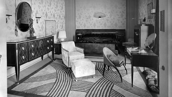 Modern 1920 Interior Decoration