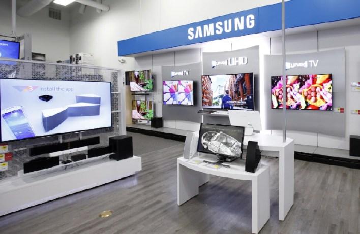Electronic Shop Interior Design