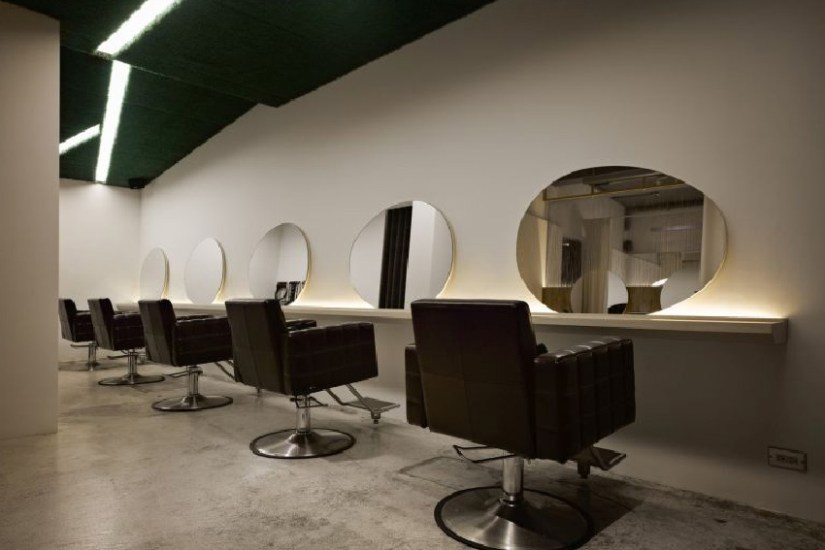 Simple Salon Interior Design