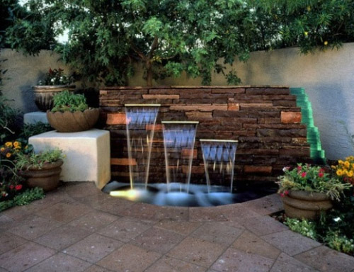 Outdoor Waterwall Fountain