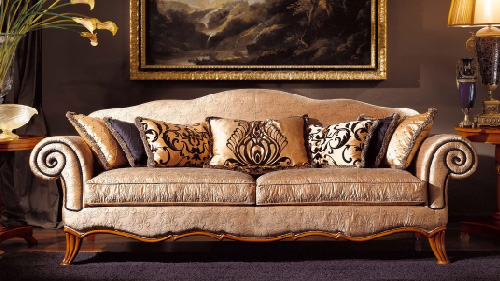 Royal Sofa Design