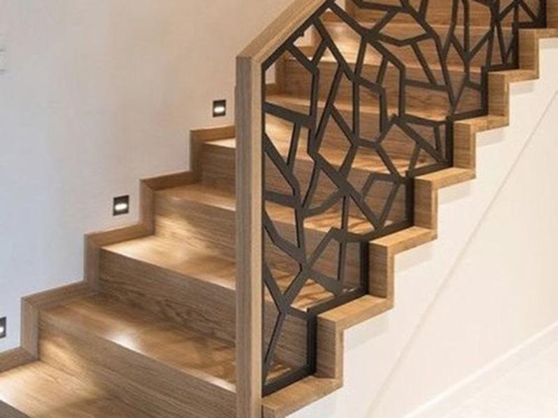 Modern Staircase Railing 1
