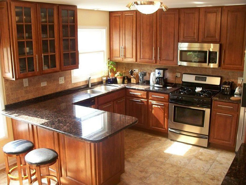 Brown Granite With Wood Cabinets