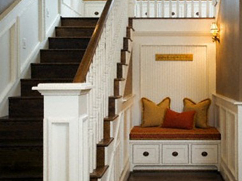Hall Stair Decorative Style