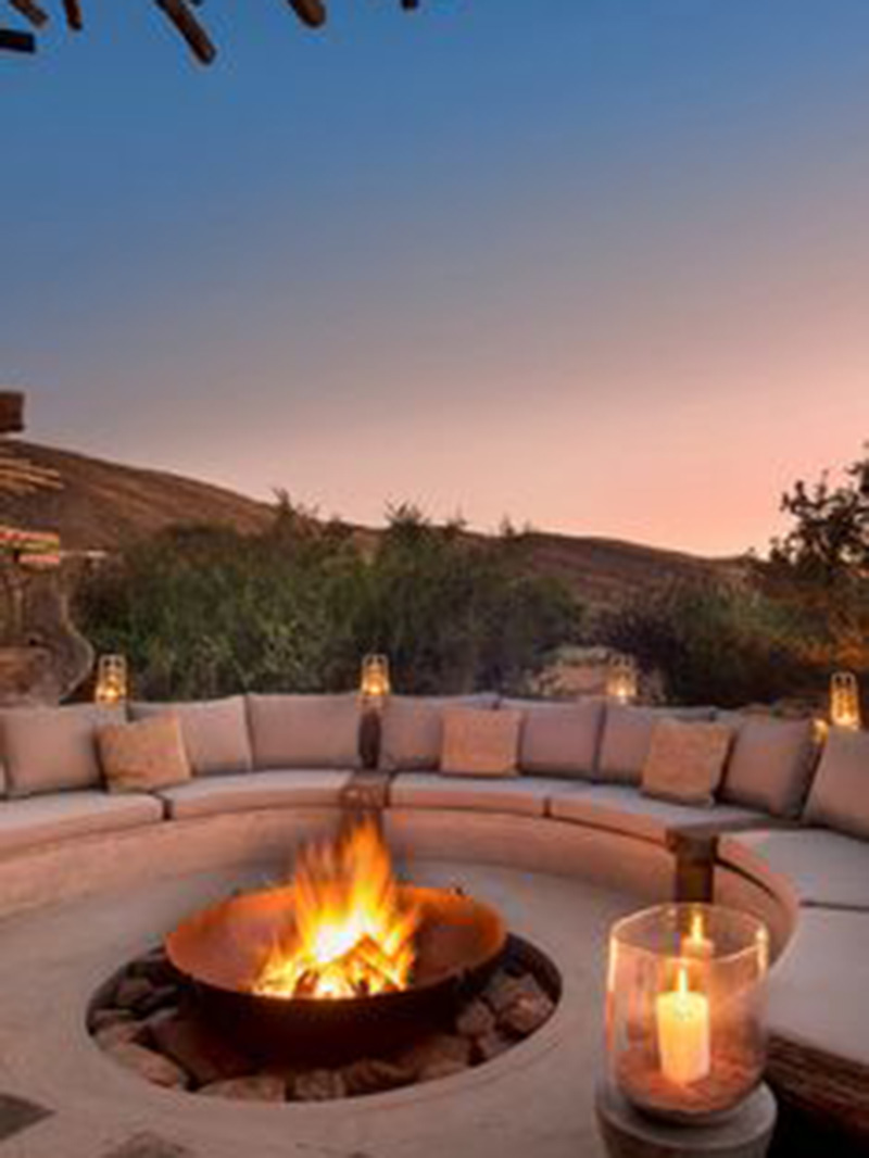 Luxurious Style Outdoor Fire Pit