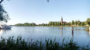 Blick vom Womo-Stellplatz zur Havelinsel