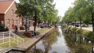 Am Hauptkanal von Papenburg