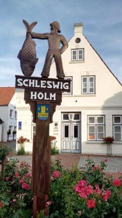 """Im alten Fischerviertel """"Holm"""""""