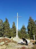 Das Gipfelkreuz der Schnepfhalde auf 1299 Meter ü.N.N.