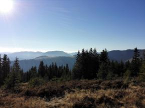 Fernblick vom Gipfelkreuz