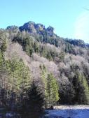 Bergblick vom Ufer der Pöllath