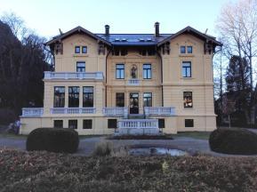 Die städtische Musikschule ist in einer prächtigen Gründerzeitvilla untergebracht