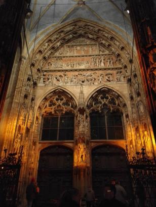 Eingangsportal des Münsters