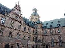 Innenhof der Johannisburg