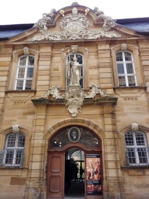 Fassade des Klosters an der Basilika Vierzehnheiligen