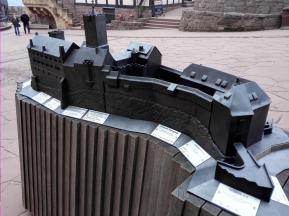Modell der Burg: Ostseite
