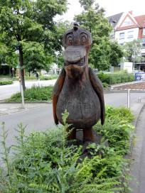 Skulptur an der Einfahrt zum City-Parkhaus
