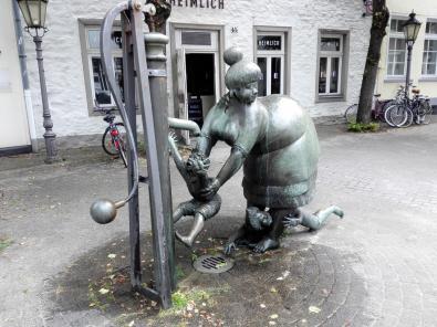 Brunnen am Rande der Altstadt
