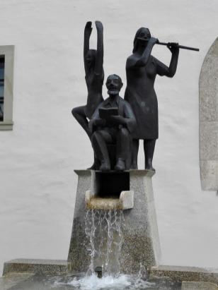 Brunnenskulptur am Rathaus