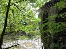 Alte Eisenbahnbrücke über die Erlau