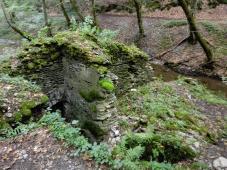 Reste einer alten Mühle am Masdascher Bach