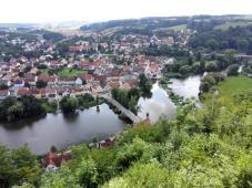 Blick von der Burg hinunter zur Naabbrücke
