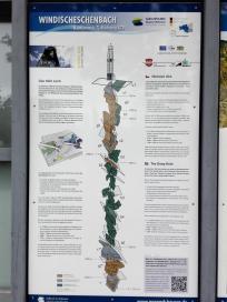 Infotafel zur vorgefundenen Struktur der Erdkruste