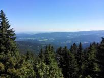 Blick vom Ossergipfel in Richtung Tschechien