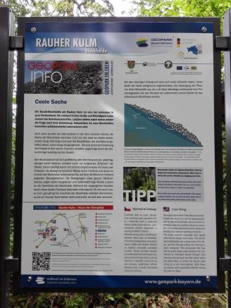 Infotafel an der Basaltbarriere