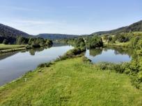 Blick auf den Rhein-Main-Donau-Kanal von der Brücke bei Gundlfing