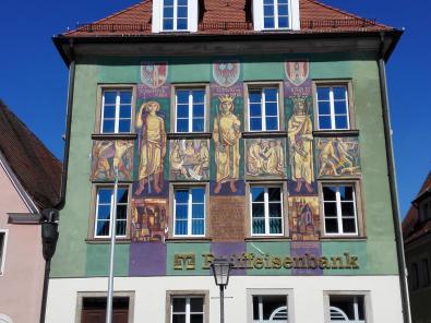 Aufwändige Fassadenbemalung