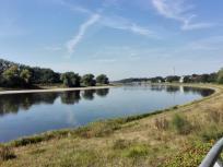 Bei Coswig schlägt die Elbe einen großen Bogen