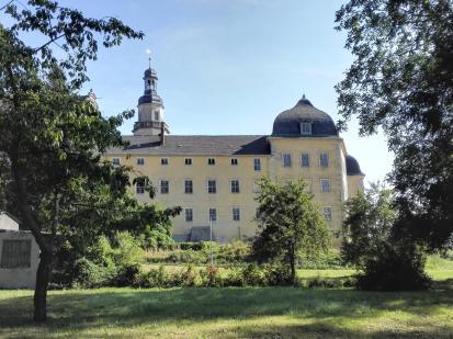 Frontseite von Schloss Coswig