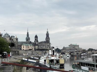 Blick von der Anlegestelle der Ausflugsschiffe zur Altstadt