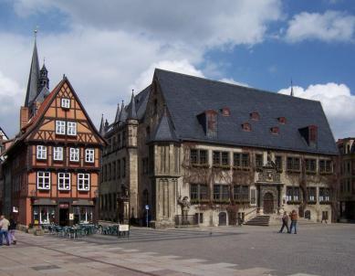 Das Rathaus von Quedlinburg am Marktplatz