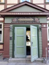 Portal am Landesgymnasium für Musik