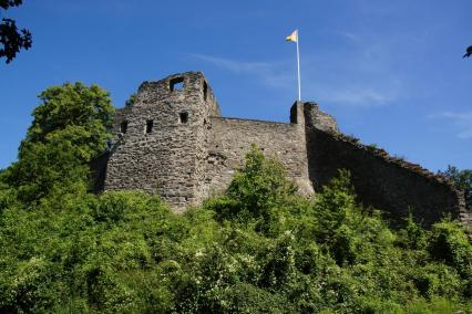 Ruine der Burg Sayn (Foto: Tohma talk   http://commons.wikimedia.org   Lizenz: CC BY-SA 3.0 DE)