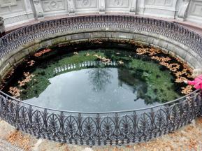 Zwischen 15 und 70 Litern Wasser pro Sekunde treten hier aus