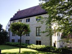 Hauptgebäude des Schlosses