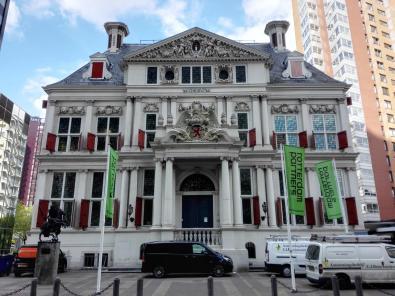 Das Museum Atlas von Stolk am Pim Fortuyn Plaats